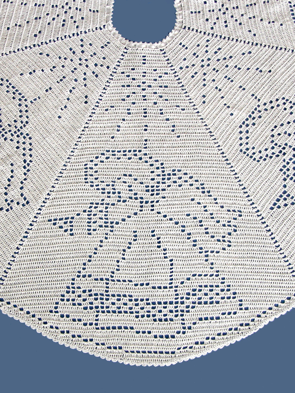 Angel Filet Crochet Tree Skirt